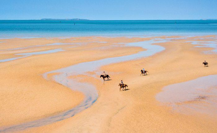Vacaciones a Caballo en las playas de Mozambique